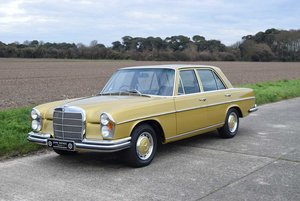 1972 Mercedes Benz 280SE/9 3.5  SOLD