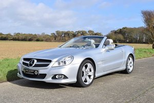 2010 Mercedes Benz SL500 SOLD