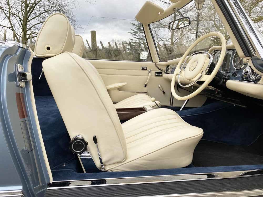 1968 Mercedes Benz 280SL - fully restored For Sale (picture 18 of 24)