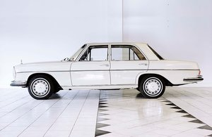 1972 Stunning Mercedes 280 SE  SOLD