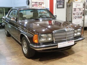 Picture of MERCEDES BENZ 230CE W123 COUPE - 1980 For Sale