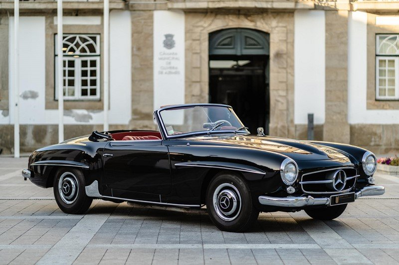 LHD 1963 Mercedes Benz 190SL with Hardtop - restored For Sale (picture 1 of 6)
