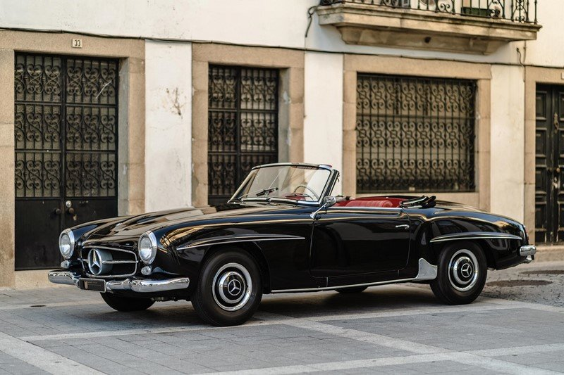 LHD 1963 Mercedes Benz 190SL with Hardtop - restored For Sale (picture 2 of 6)