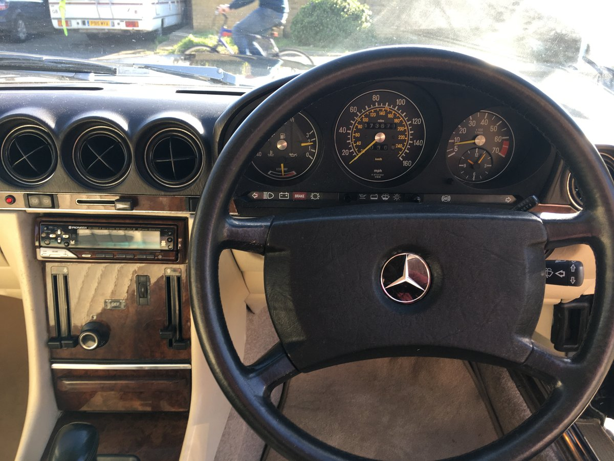 1988/E Mercedes 300SL R107  FSH    HPI CLEAR    For Sale (picture 5 of 6)