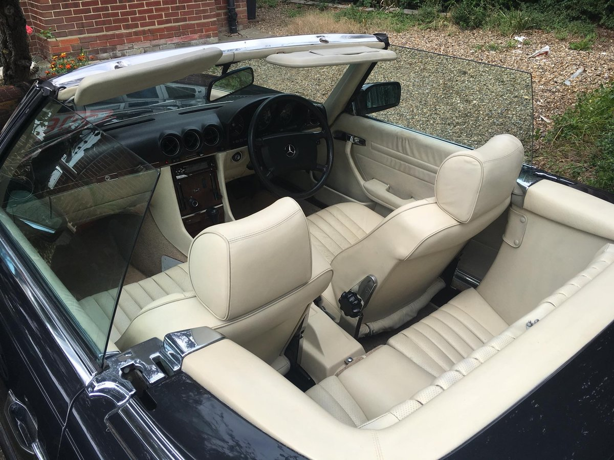 1988/E Mercedes 300SL R107  FSH    HPI CLEAR    For Sale (picture 6 of 6)