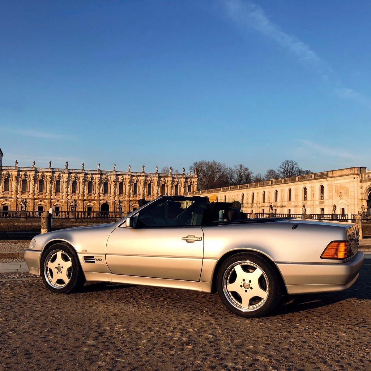 1994 Mercedes sl 600 V12 For Sale (picture 2 of 6)