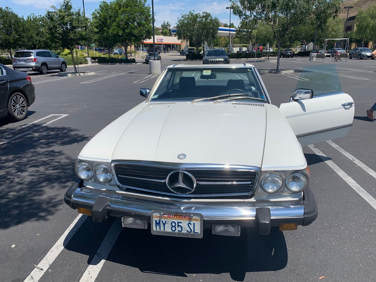 Mercedes Benz 380SL 1984 For Sale (picture 2 of 6)