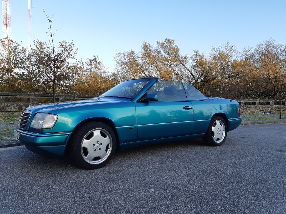 1997 LHD Mercedes E220 cabriolet Final Edition For Sale (picture 2 of 6)
