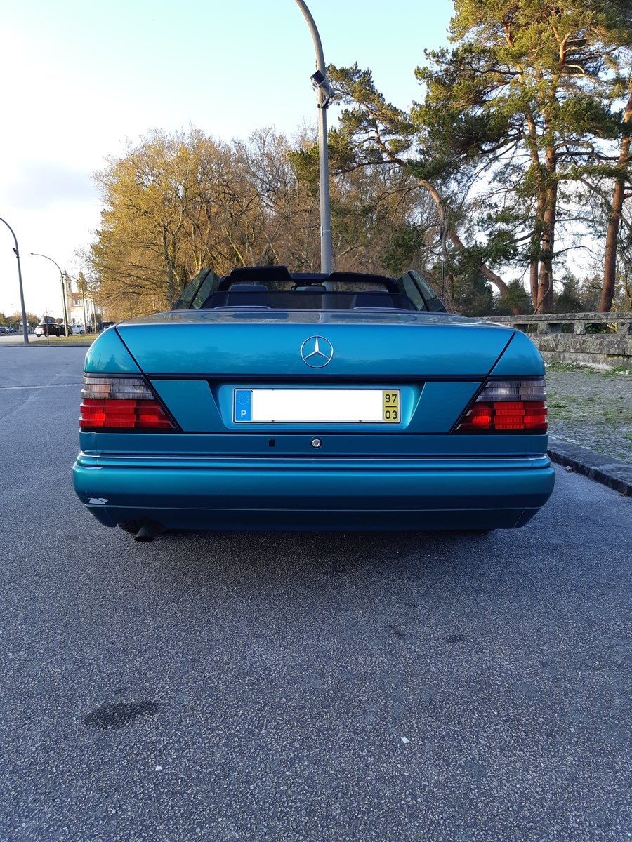 1997 LHD Mercedes E220 cabriolet Final Edition For Sale (picture 3 of 6)