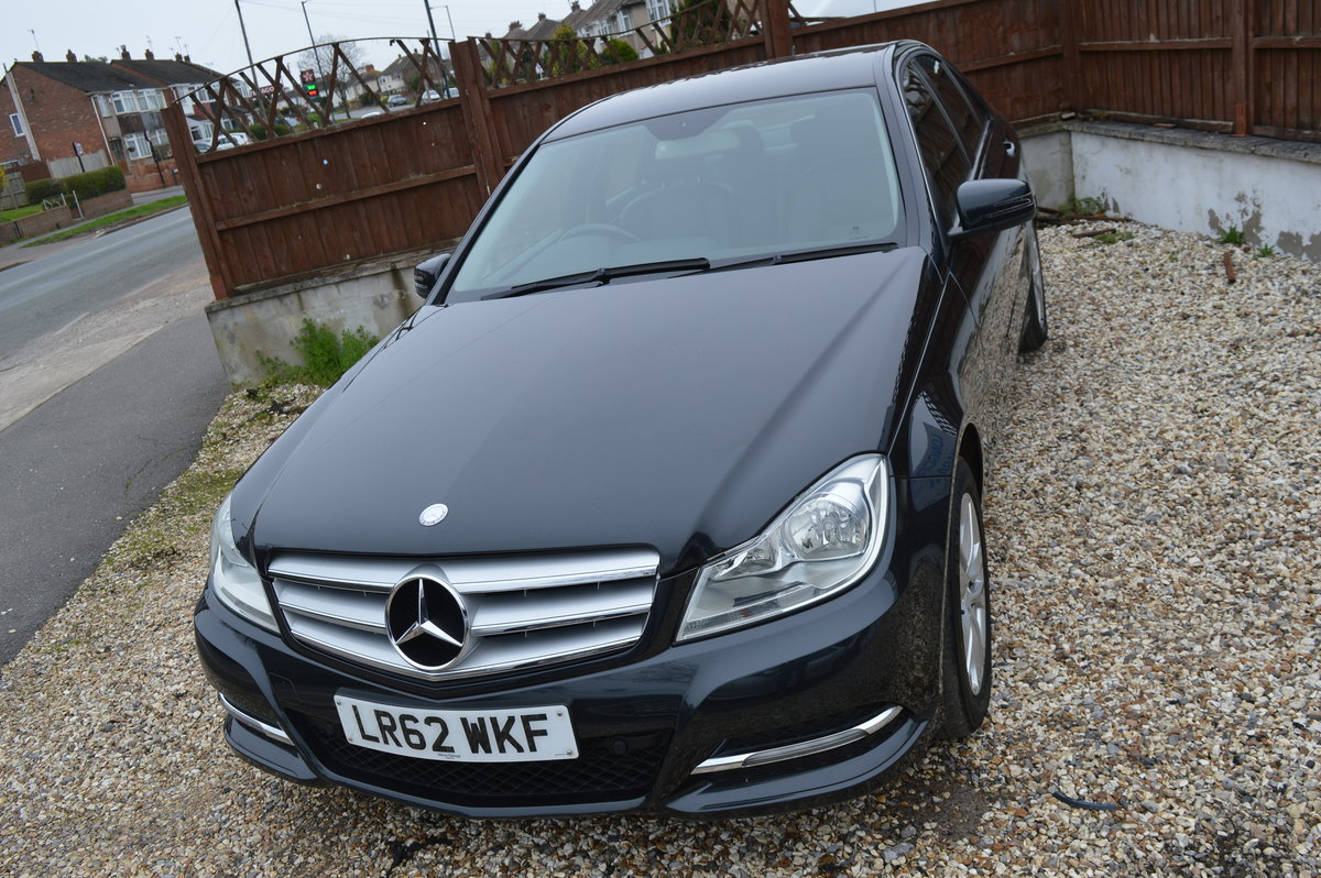 2012 Mercedes-Benz C Class 2.1 C200 CDI BlueEFFICIENCY SE For Sale (picture 2 of 6)