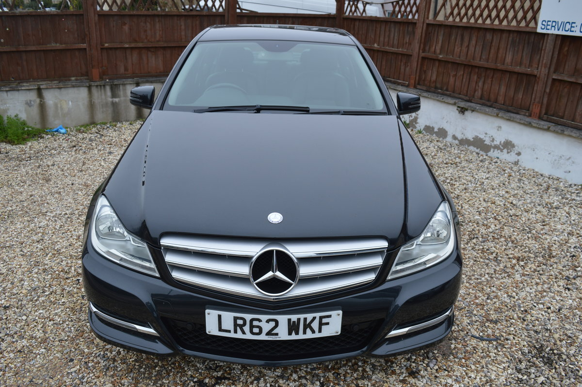 2012 Mercedes-Benz C Class 2.1 C200 CDI BlueEFFICIENCY SE For Sale (picture 4 of 6)