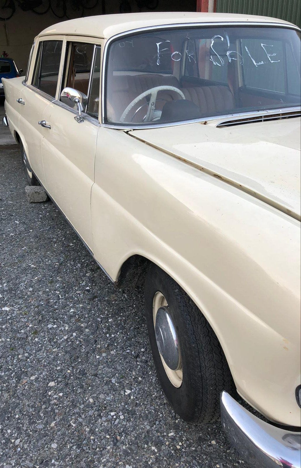 1967 Mercedes Fintail 200 For Sale (picture 2 of 6)