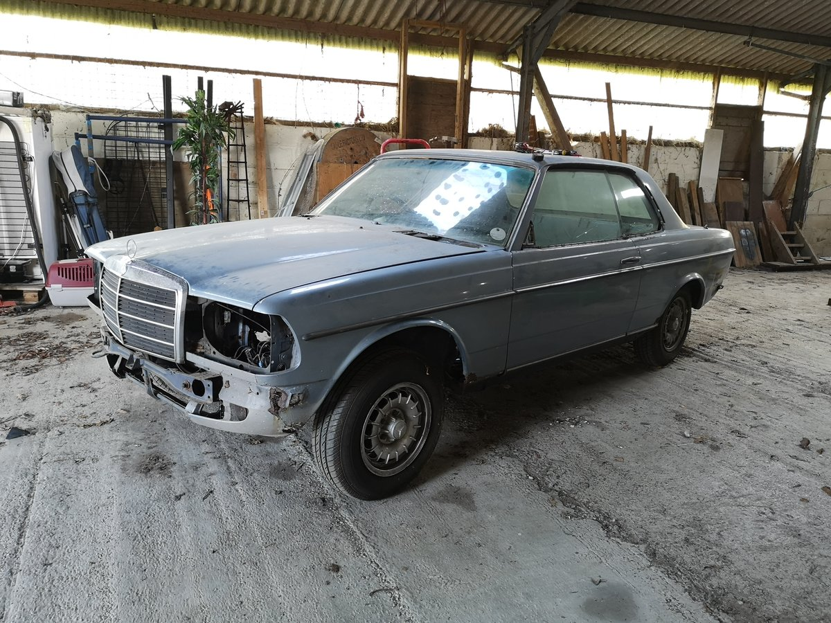 1985 Mercedes W123 230CE pillarless coupe  For Sale (picture 5 of 6)