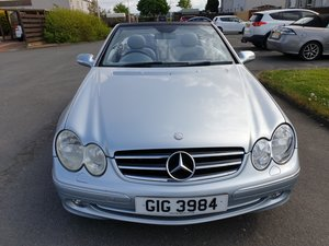 2004 MERCEDES BENZ CLK 240 CONVERTIBLE
