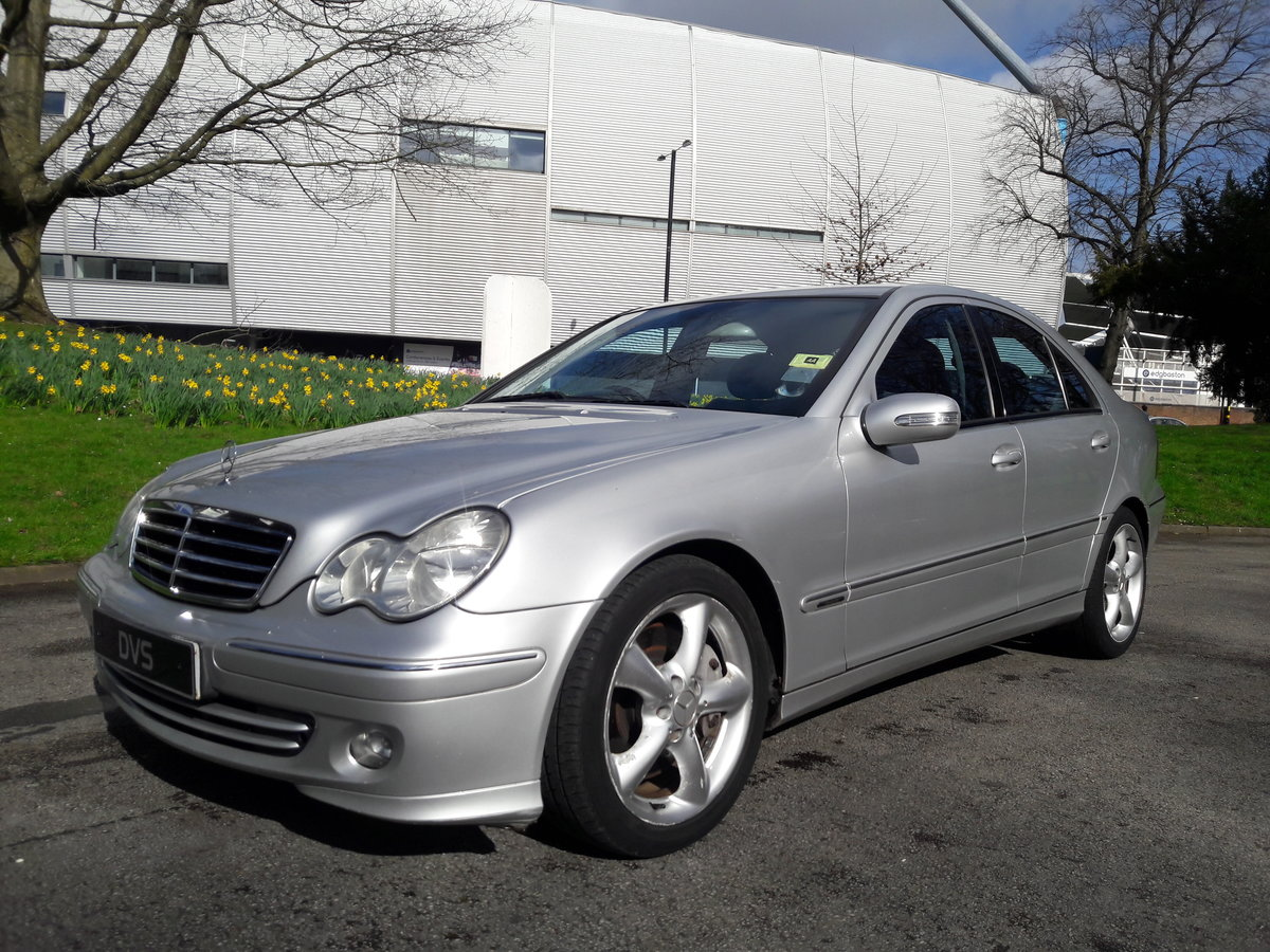 2005 Mercedes C220 CDI Avantgarde SE Automatic 1 Owner & FSH SOLD (picture 1 of 6)