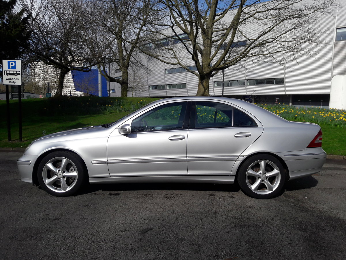 2005 Mercedes C220 CDI Avantgarde SE Automatic 1 Owner & FSH SOLD (picture 2 of 6)