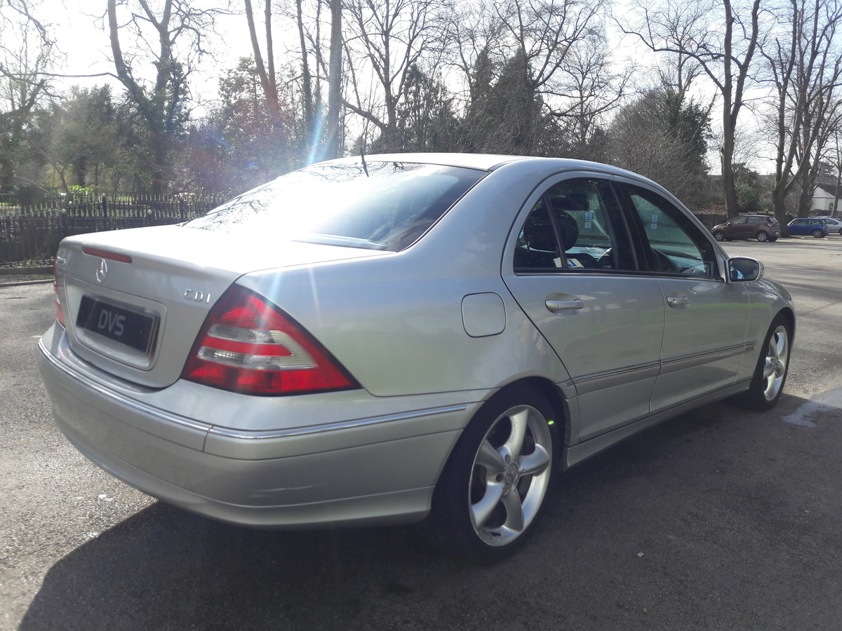 2005 Mercedes C220 CDI Avantgarde SE Automatic 1 Owner & FSH SOLD (picture 3 of 6)