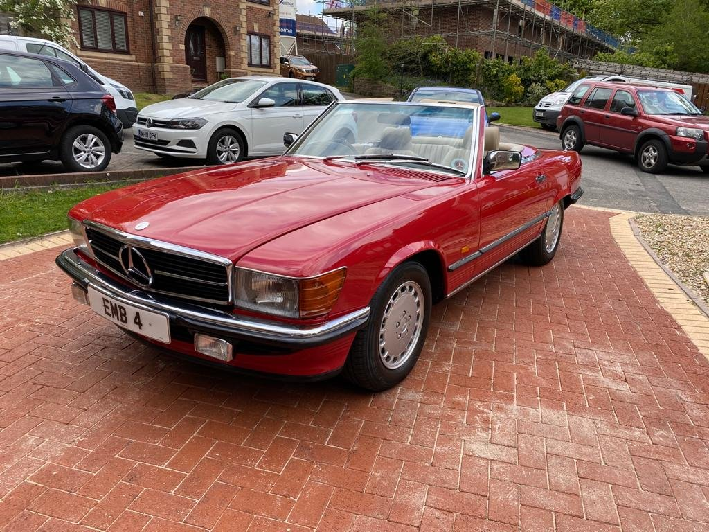 1986 Mercedes 300sl (r107)      For Sale (picture 1 of 6)