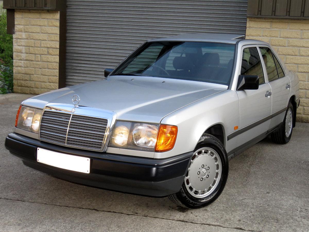 1989 Mercedes W124 230E Auto - 48K - FSH - Family Owned 29 ...