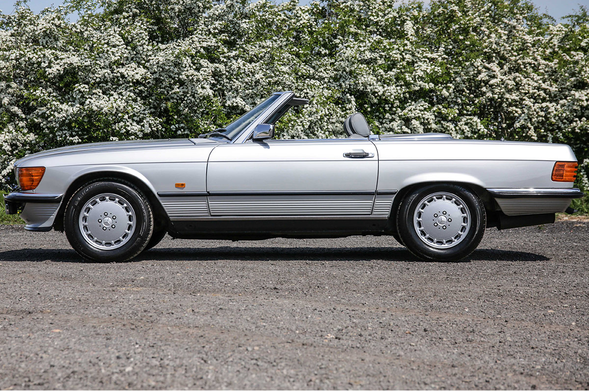 1986 Mercedes-Benz 420SL V8 (R107) #2045 55k miles Rear Seating For Sale (picture 2 of 6)