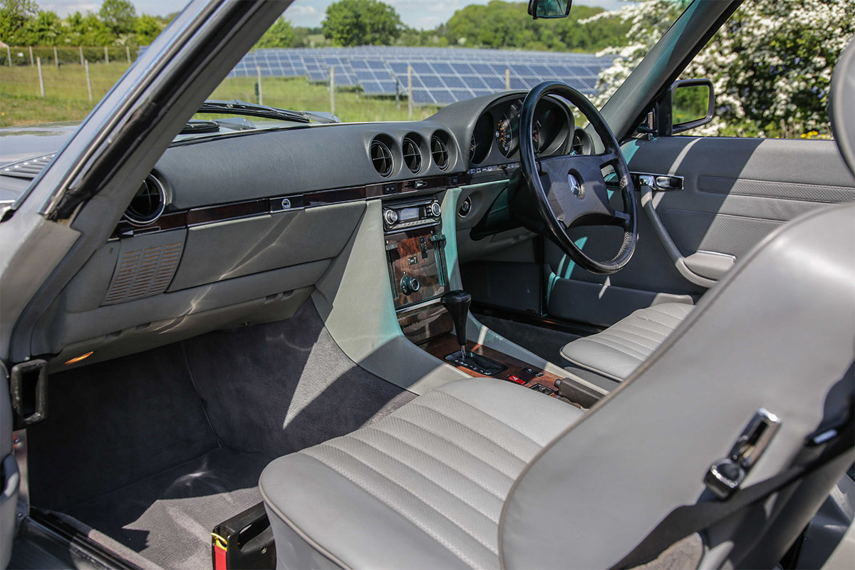 1986 Mercedes-Benz 420SL V8 (R107) #2045 55k miles Rear Seating For Sale (picture 4 of 6)
