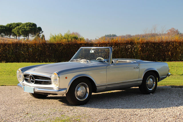 1963 LHD Mercedes 230 SL Pagode For Sale (picture 1 of 5)