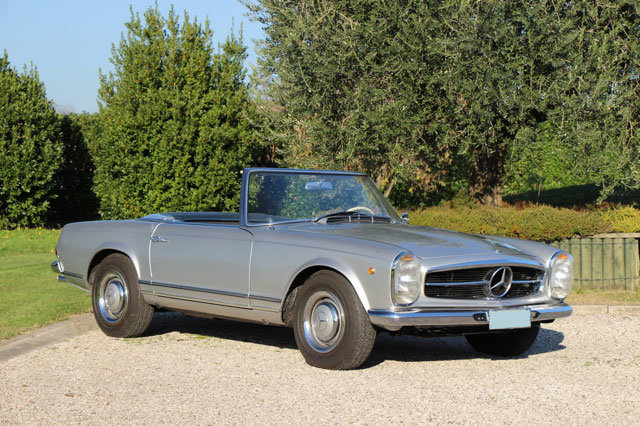 1963 LHD Mercedes 230 SL Pagode For Sale (picture 2 of 5)