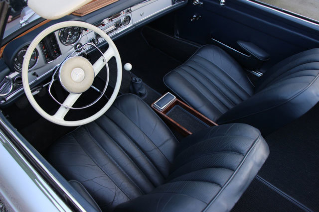1963 LHD Mercedes 230 SL Pagode For Sale (picture 3 of 5)