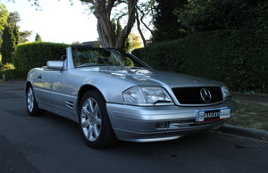 Mercedes Benz SL320 Automatic R129 With Full Service History