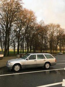 1994 Mercedes W124 estate E300D auto