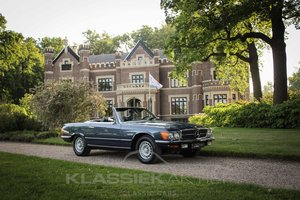 Mercedes SL450 in very good condition