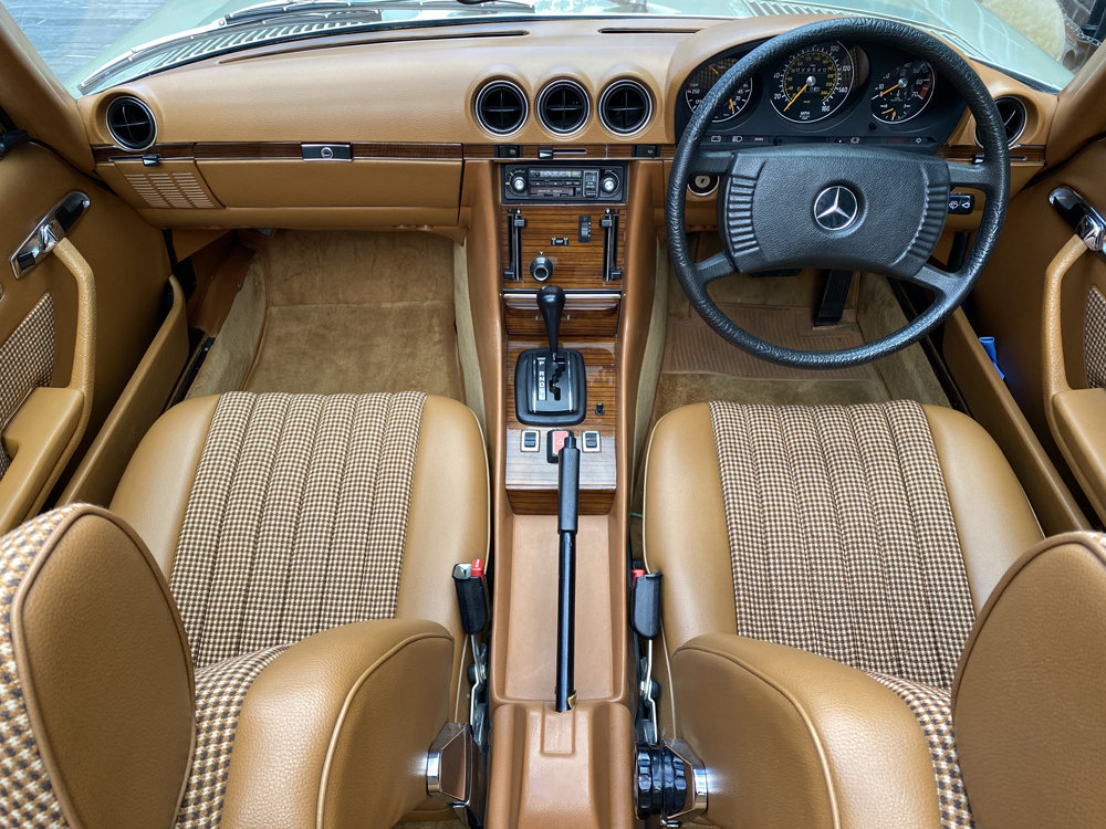 1979 Mercedes Benz 350SL with only 29500 miles since new!! For Sale (picture 3 of 24)