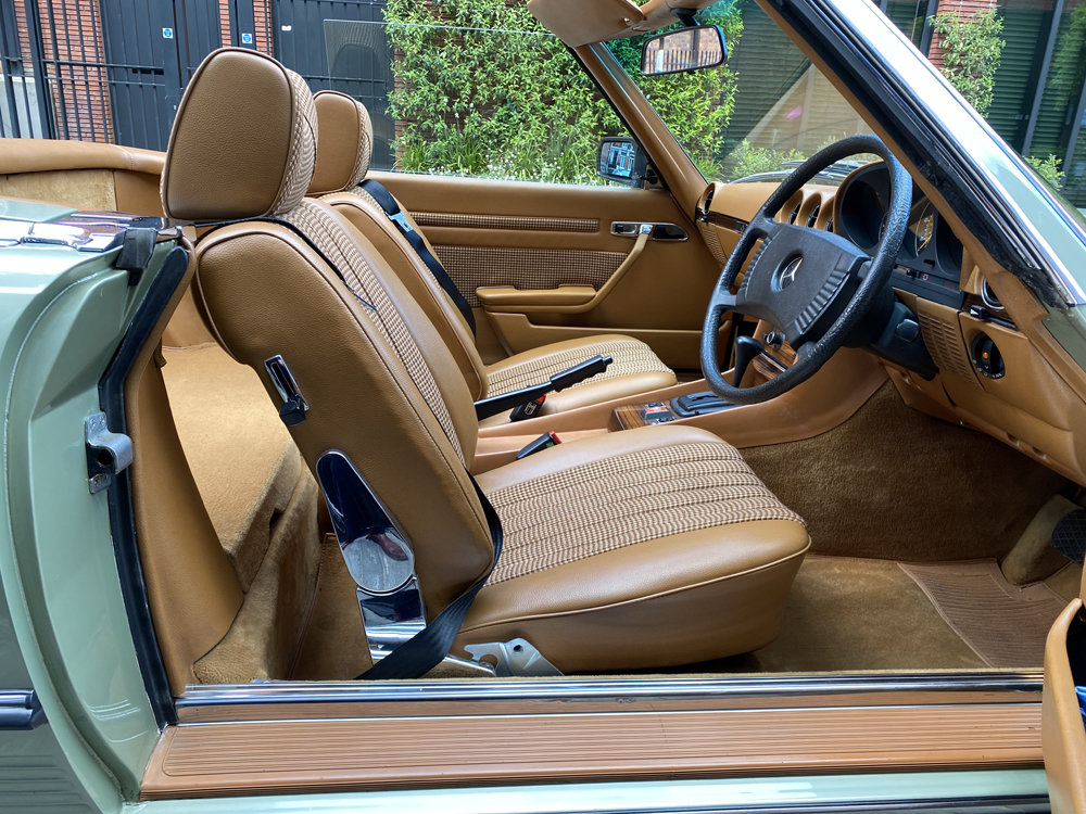 1979 Mercedes Benz 350SL with only 29500 miles since new!! For Sale (picture 8 of 24)