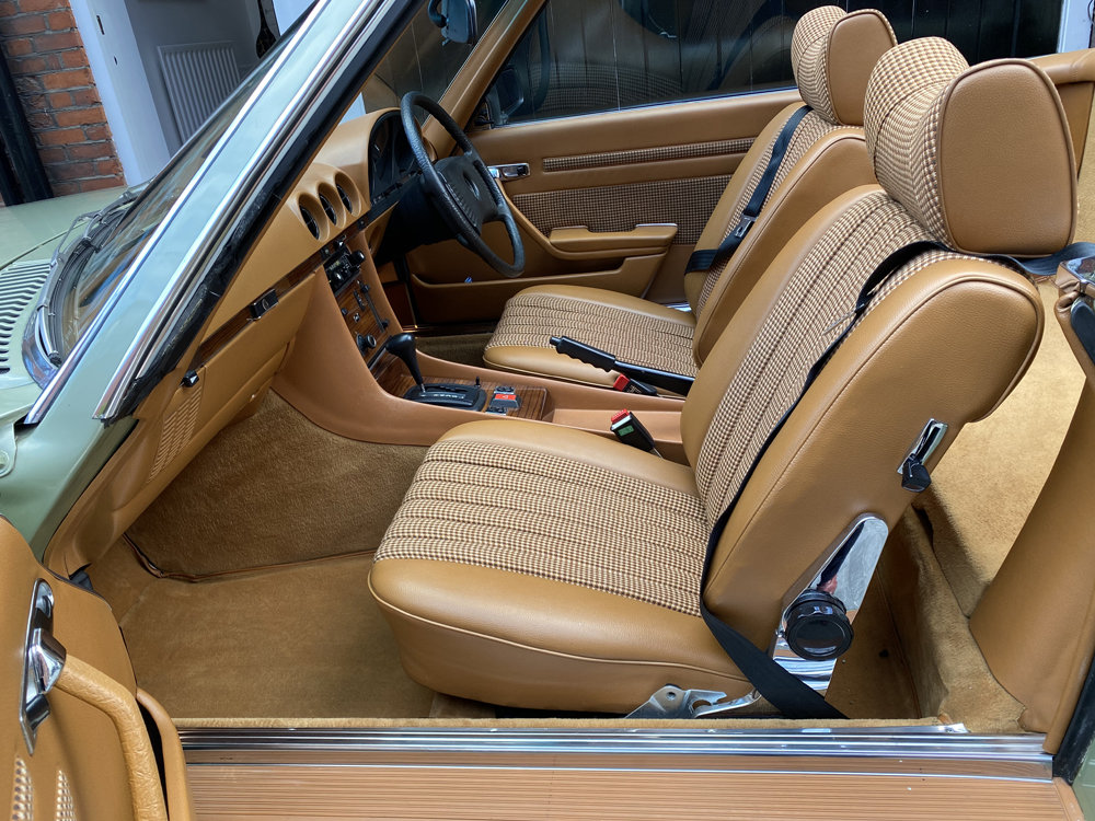 1979 Mercedes Benz 350SL with only 29500 miles since new!! For Sale (picture 9 of 24)