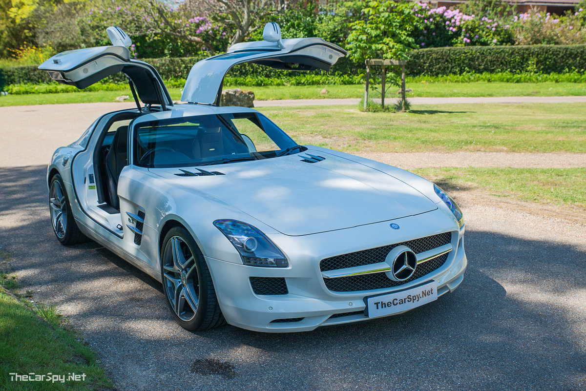 2011 Mercedes Benz SLS AMG Coupe - Low Miles! For Sale (picture 3 of 6)