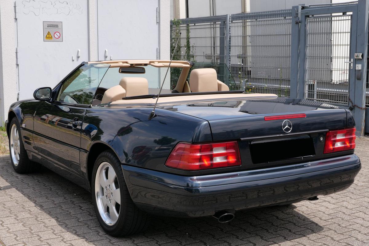 2000 Mercedes-Benz Roadster SL 320 R129 Cabriolet SOLD (picture 4 of 6)