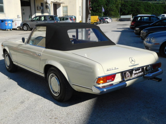 1967 MERCEDES SL 230 W113 PAGODA For Sale (picture 3 of 6)