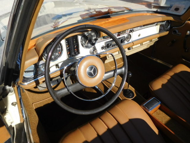 1967 MERCEDES SL 230 W113 PAGODA For Sale (picture 4 of 6)