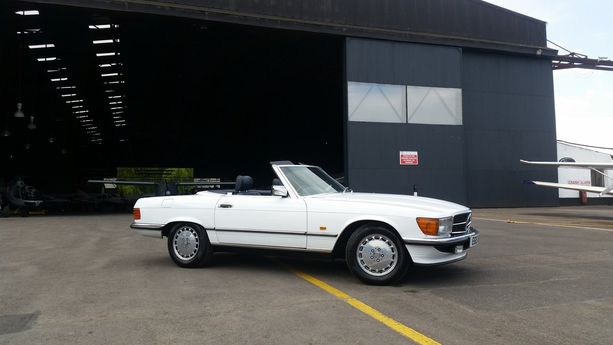 1987 Mercedes 420 SL R107 For Sale (picture 1 of 6)