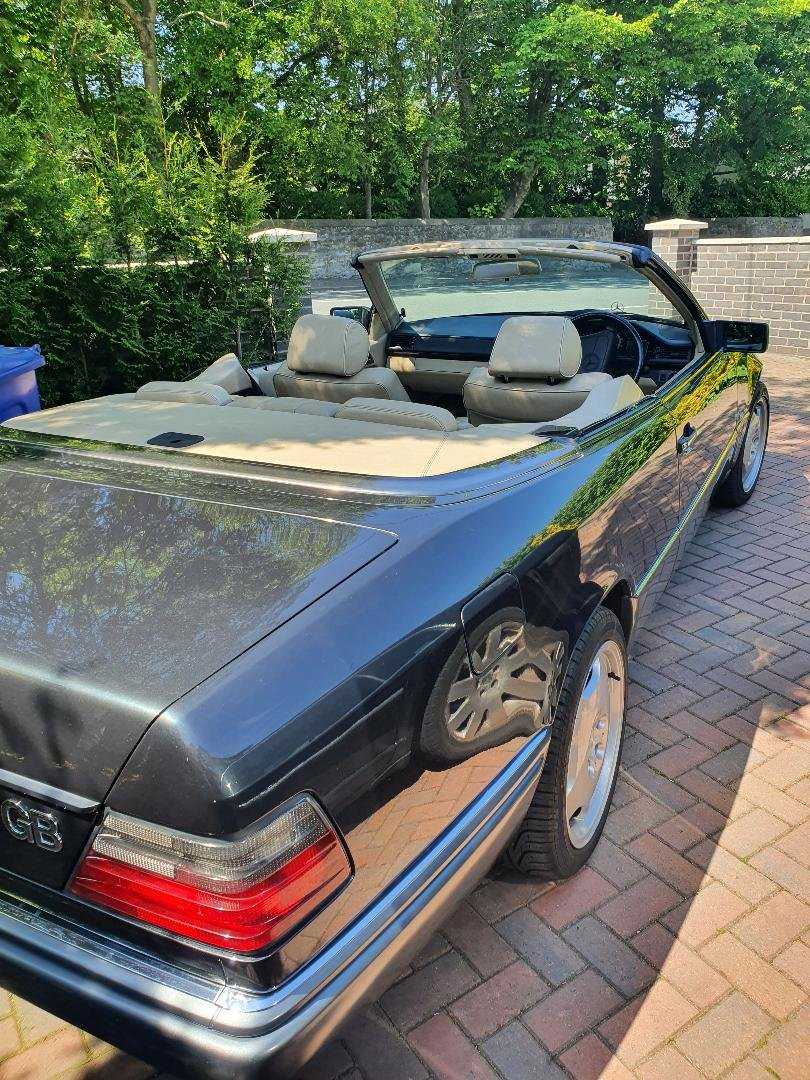 1994 Mercedes w124 e220 convertible/cabriolet For Sale (picture 3 of 6)
