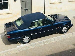 1995 Mercedes E220 Convertible