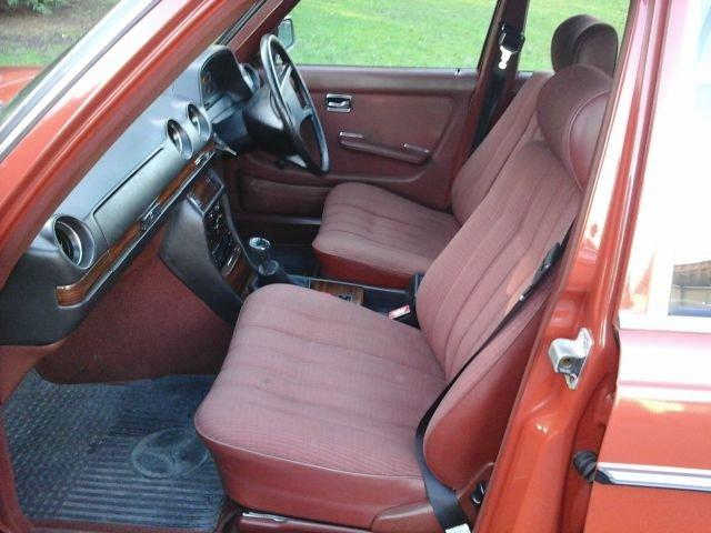 1983 Y MERCEDES 200, 4 DOOR MANUAL, For Sale (picture 4 of 4)