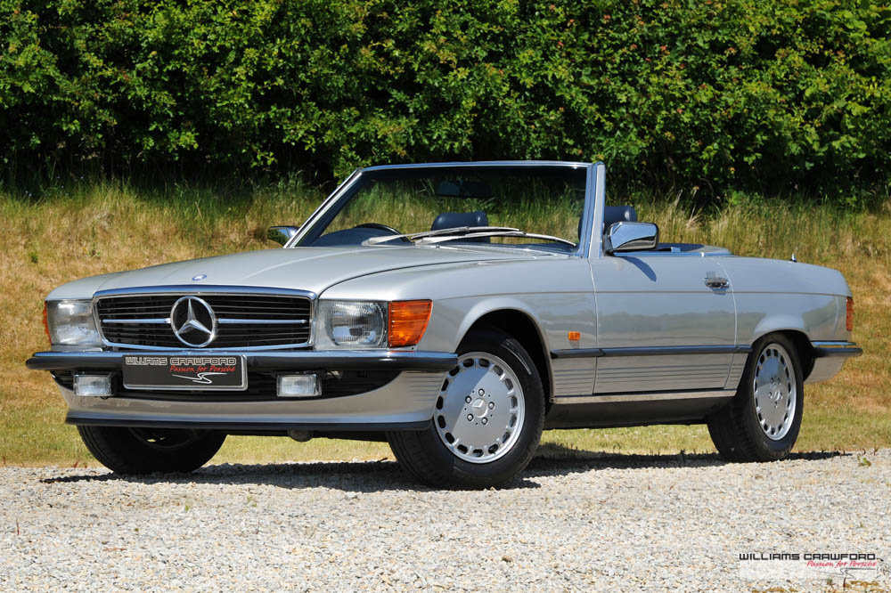 1989 (1988 MY) Mercedes Benz 300 SL (R107) auto For Sale (picture 1 of 6)