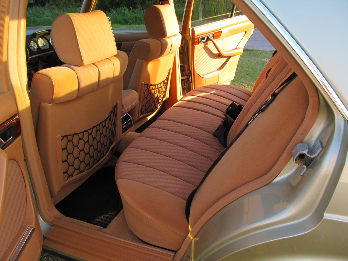 1981 Mercedes 380SE Original one owner, 56k miles only. For Sale (picture 3 of 6)