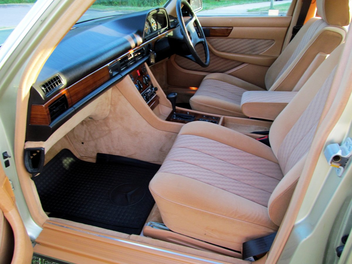1981 Mercedes 380SE Original one owner, 56k miles only. For Sale (picture 4 of 6)