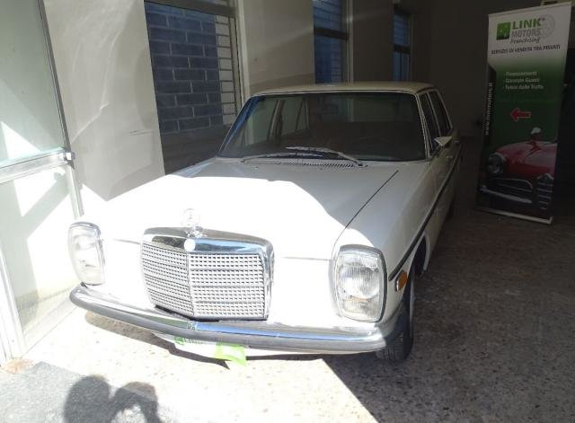 1972 Mercedes 220/8 For Sale (picture 1 of 6)