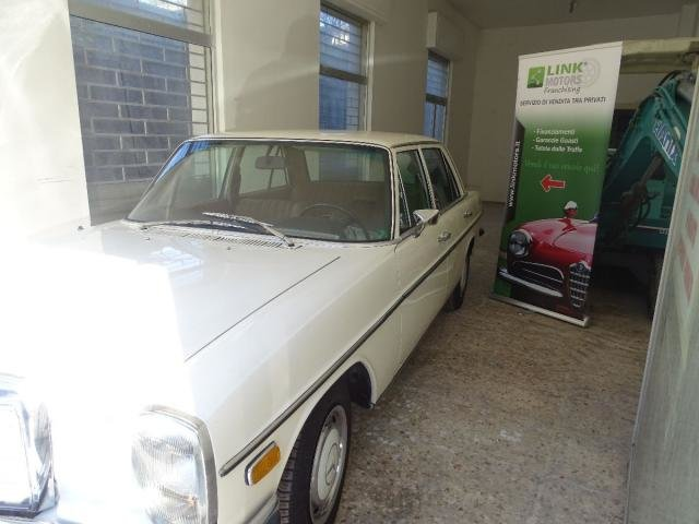 1972 Mercedes 220/8 For Sale (picture 2 of 6)