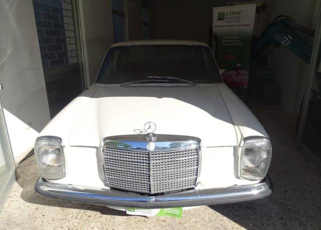 1972 Mercedes 220/8 For Sale (picture 3 of 6)