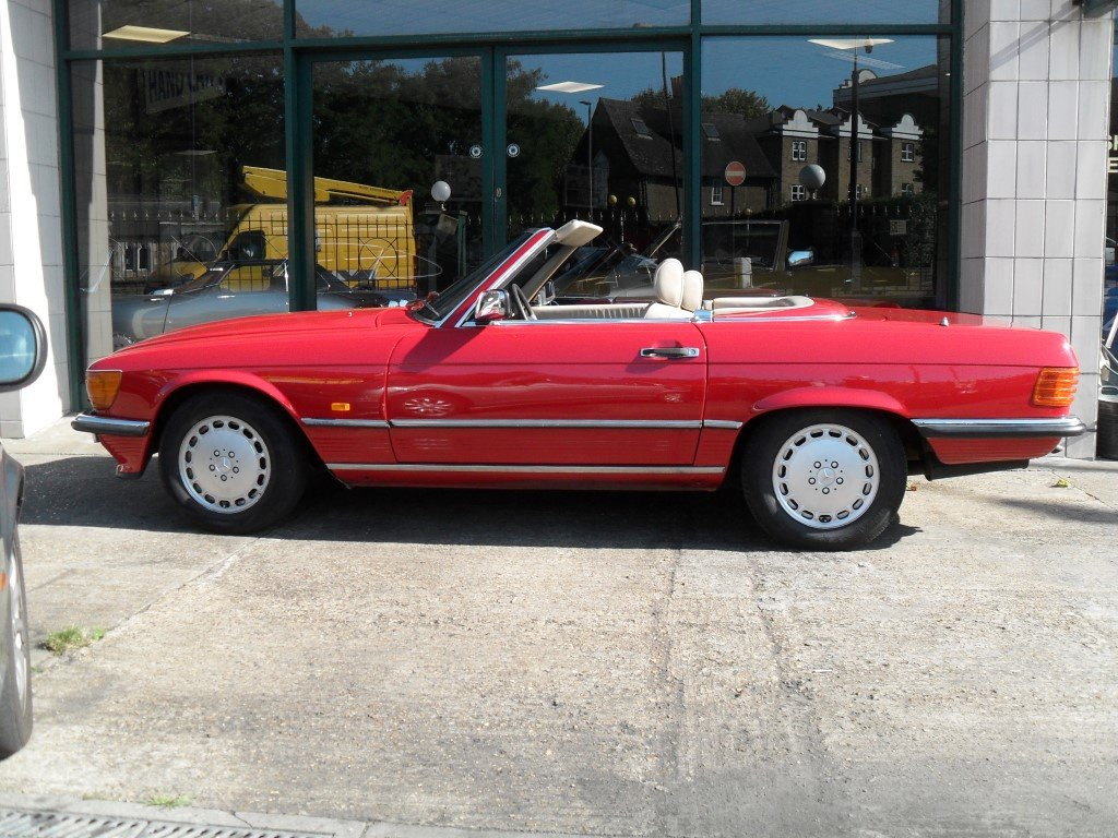 1988 Mercedes Benz 500SL For Sale (picture 2 of 6)