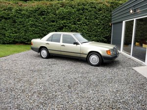 Picture of 1985 1986 Mercedes 200 with 65k miles SOLD